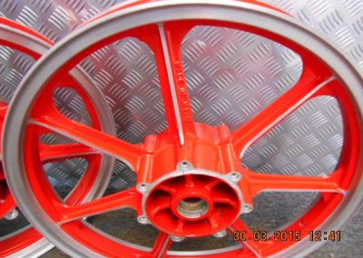 RedPowderCoated-Wheels-1