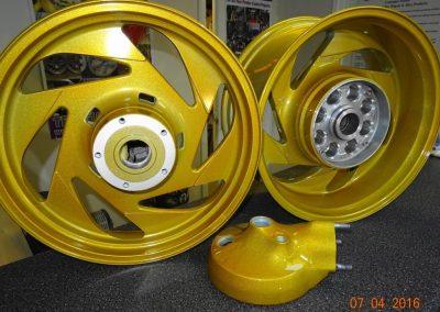 Zerring-gold-metallic-1-1024x696