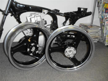 black_and_chrome_powder_coated_wheels_2