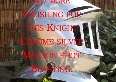 knight-helmet