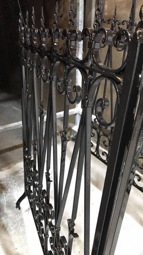 100-year-old-railings-3