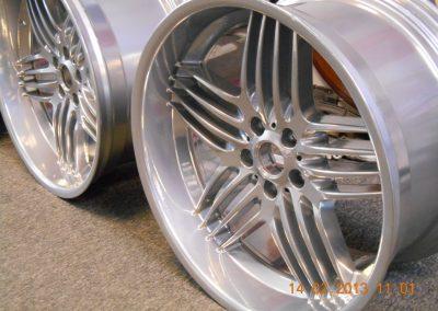 chrome-powder-coated-wheels-1024x768