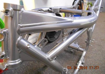 motorcycleframe-silver-3